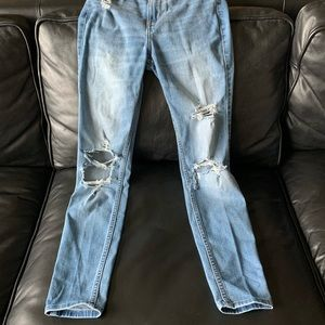 Hollister | Ripped Skinny Jeans Light Wash sz 1